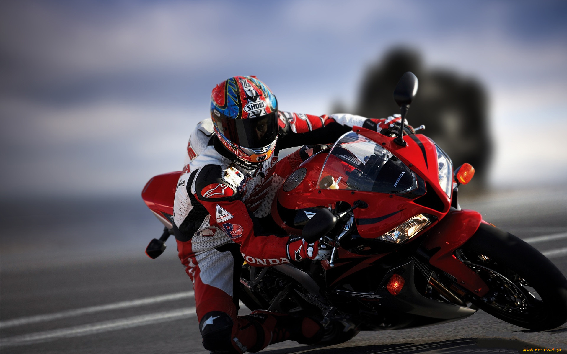 Картинки спортивного мотоцикла на рабочий стол